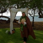 ceremony-with-hawaiian-officiant