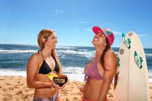girls_beach1